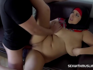 Busty Muslim Woman, Krystal Swift Cheated Surpassing Her Husband, The Change off Day And Liked How Colour up rinse Felt